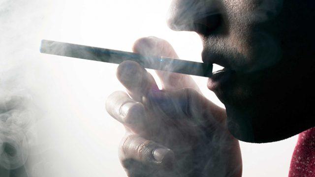 Вещество, влагано в е-цигарите, бе обявено за наркотик